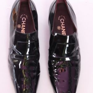 AUTHENTIC CHANEL BLACK PATENT LOAFER 40.5